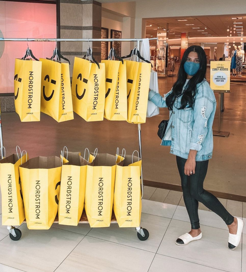 Image of style blogger @keepingupwiththefashions with her Nordstrom Anniversary Sale haul via Instagram
