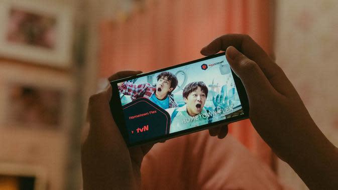 Aplikasi Maxstream menghadirkan konten hiburan Korea (Foto: Telkomsel)