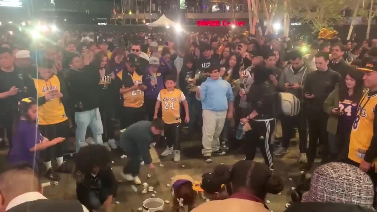 Lakers Fans Chant 'Kobe' Outside Staples Center as Game Postponed