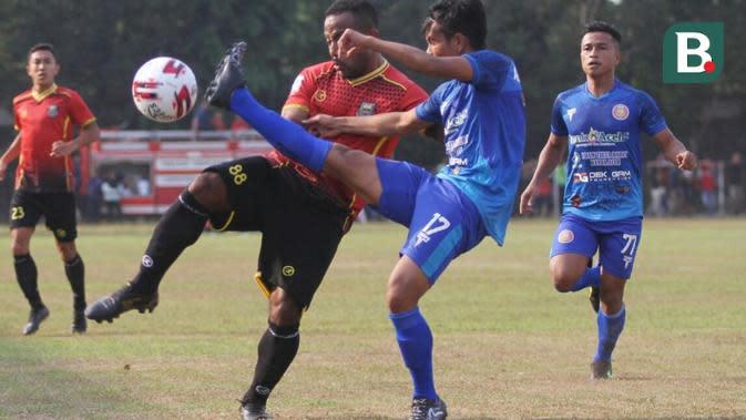 Persiraja Banda Aceh yang diperkua Defri Rizki siap mempertahankan rekornya saat dijamu Sriwijaya FC di Stadion Gelora Jakabaring Palebang, Minggu (28/7/2019) pada pekan ke-8 Grup Barat Liga 2 2019. (Bola.com/Gatot Susetyo