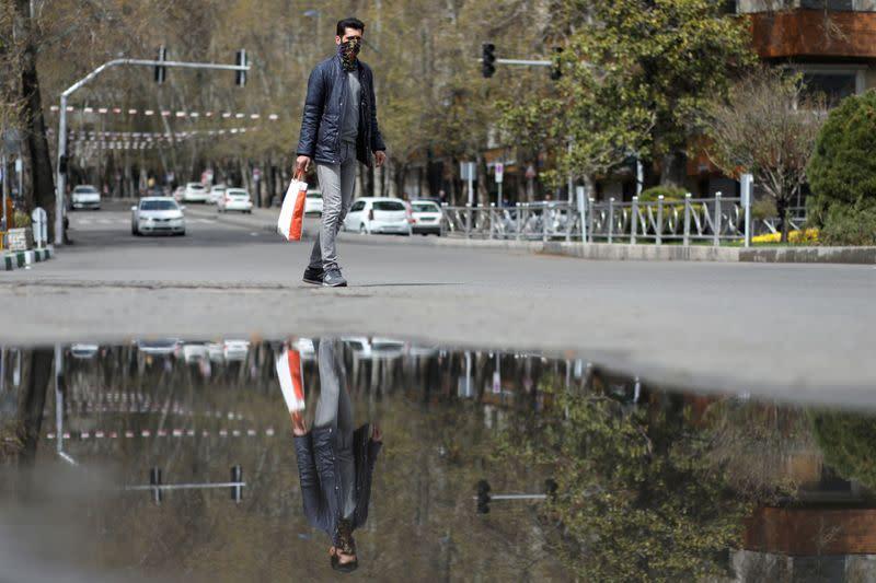 Iran's coronavirus death toll rises to 3,294 - Health Ministry