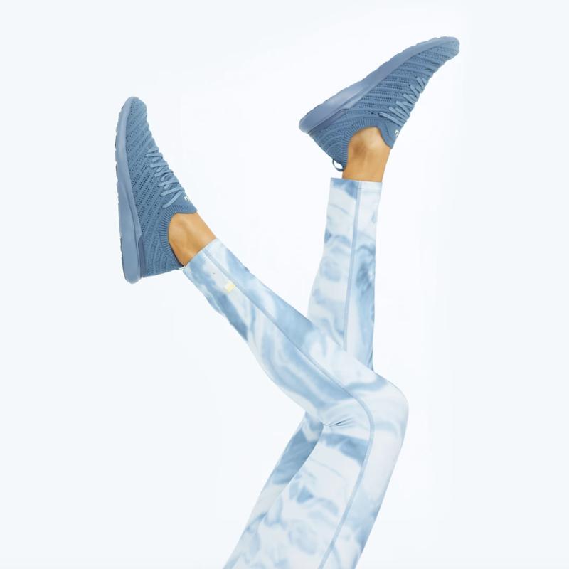 Do-It-All 7/ 8 High Rise Leggings in Marble Slate. Image via Summersalt.