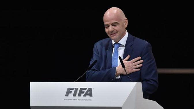 Gianni Infantino terpilih sebagai Presiden FIFA 2016-2020 dalam Kongres Luar Biasa FIFA di Zurich, Jumat (26/2/2016). (AFP/Fabrice Coffrini)