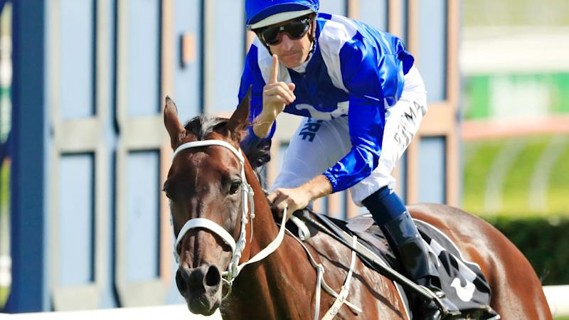 Winx breaks Group One world record with win at Randwick
