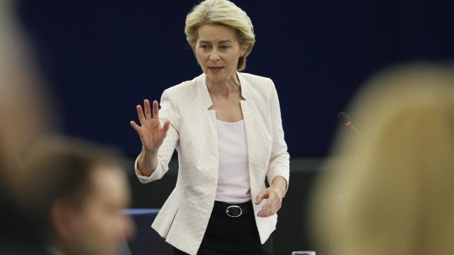 Ursula von der Leyen im Europäischen Parlament ©Jean-Francois Badias/AP/dpa