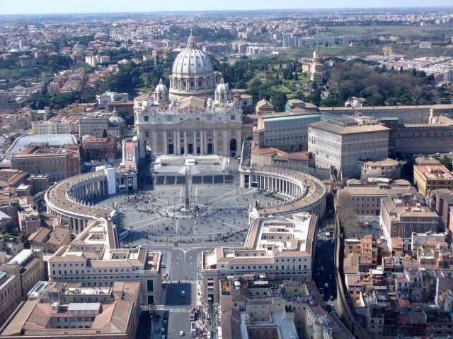 Vatican picks Swiss company for credit card payments