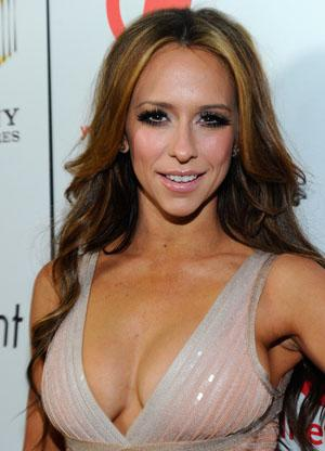 Jennifer Love Hewitt's Breasts Steal the Show on 'Jimmy Kimmel Live'