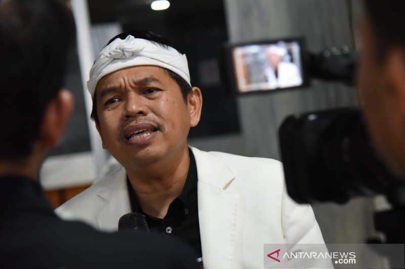 Dedi Mulyadi minta Gubernur Jabar stop sementara operasional bus AKDP