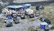 「不怕被沖走嗎?」 20多車開進河床搭棚野營