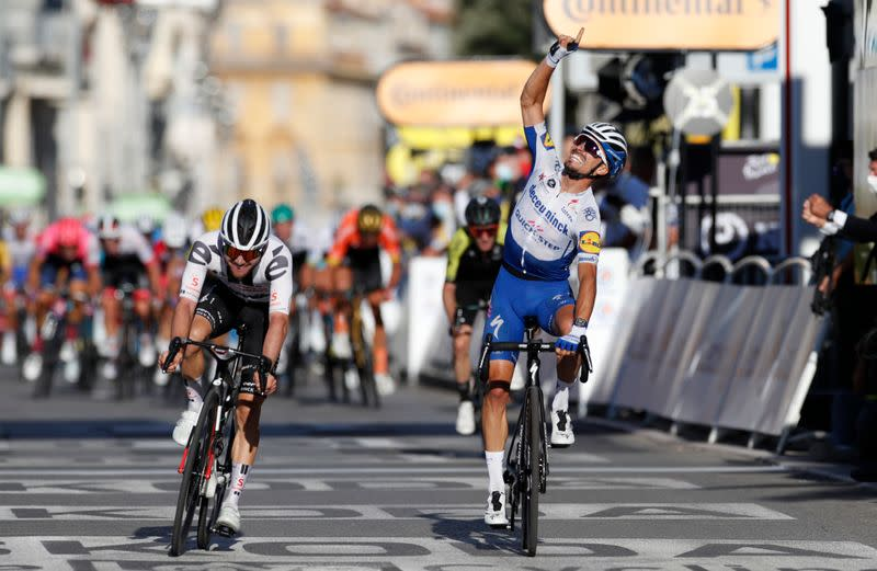 Cold-blooded Alaphilippe does it again on the Tour de France