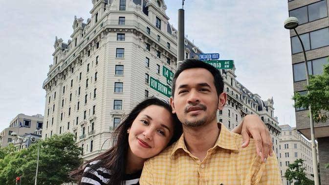 Pesona Rara Wiritanaya, Istri Oka Antara yang Cantik dan Jarang Terekspos (sumber:Instagram/rara.wiritanaya)
