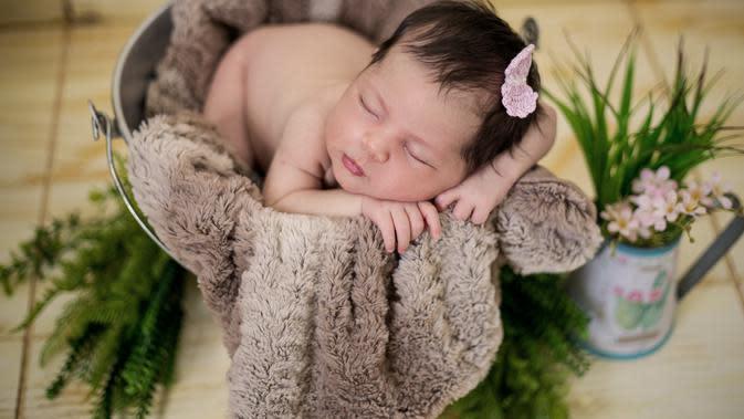 Ilustrasi bayi perempuan (Photo by georgia-maciel on Pexels)