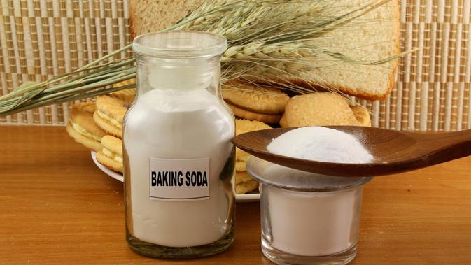 baking soda./Copyright shutterstock.com
