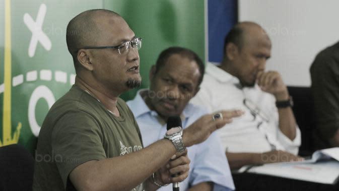 Pilar Timnas saat juara Sea Games 1991, Sudirman, saat mengisi acara diskusi Bincang Taktik di Gedung KMK Online, Jakarta, Kamis (10/8/2017). Diskusi mengangkat tema