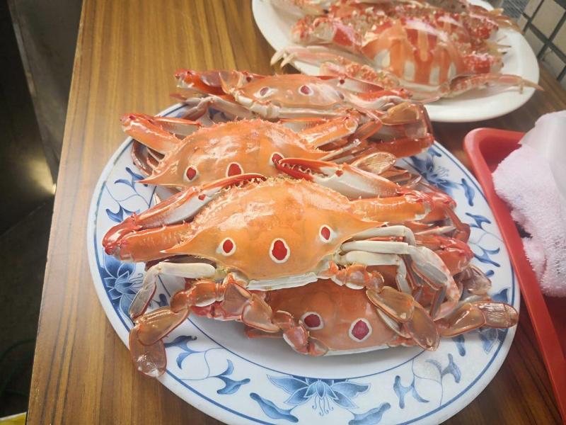 肉質飽滿的萬里蟹