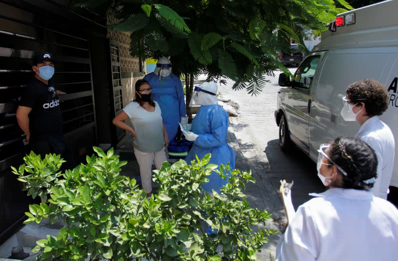 Coronavirus in 'sustained decline' in Mexico, top official says