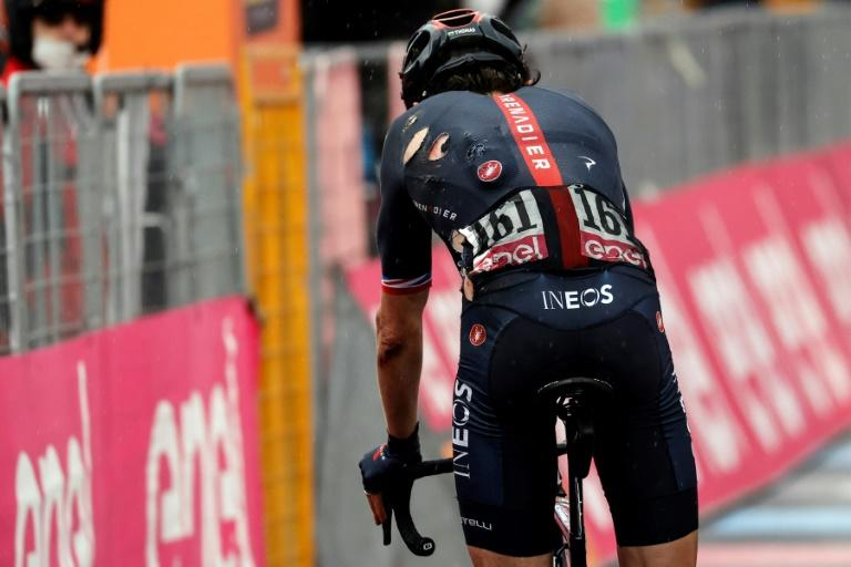 Thomas' Giro d'Italia hopes blown away in run to Mount Etna