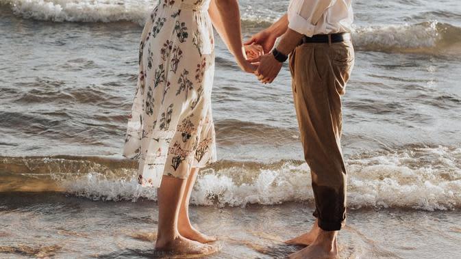Ilustrasi liburan bersama pasangan. Credit: unsplash.com/Joanna