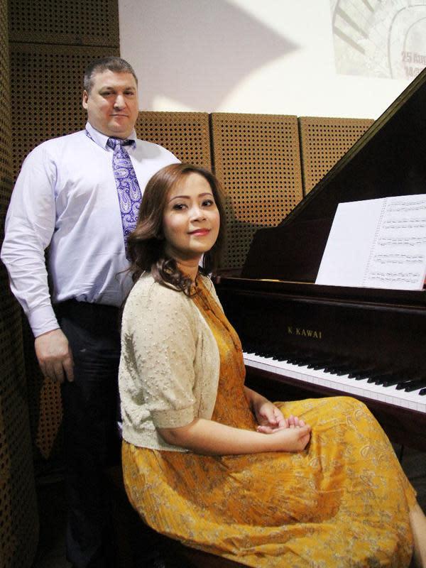 Pendiri Arts Prima Foundation, Andika Wardhani dan Patrick William Burston. (ist)