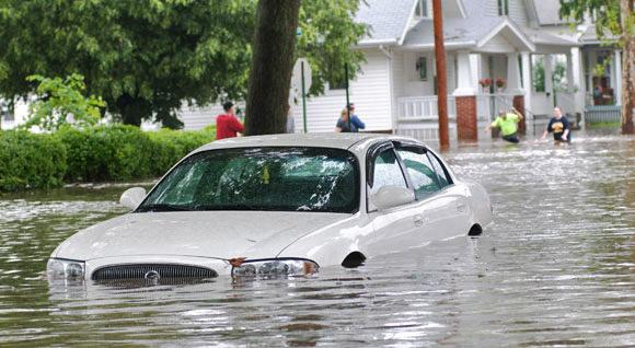 What to do if Superstorm Sandy flooded your car