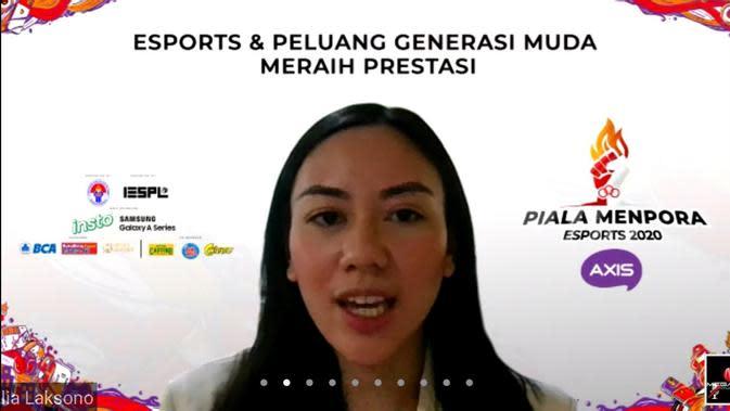 Staf Khusus Menpora Bidang Kreativitas dan Inovasi Milenial Alia Noorayu Laksono saat bincang virtual bertajuk Esports dan Peluang Generasi Muda Meraih Prestasi. (foto: istimewa)
