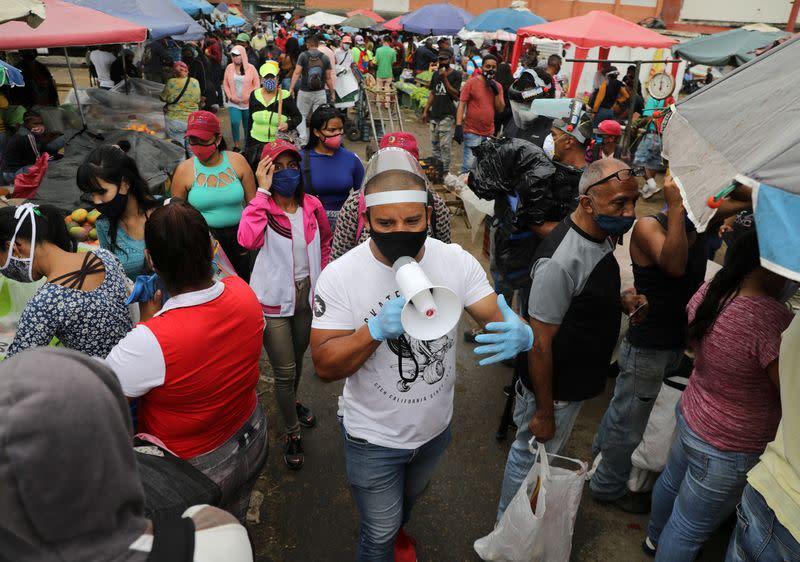 Venezuela produce market is at centre of Caracas COVID-19 outbreak