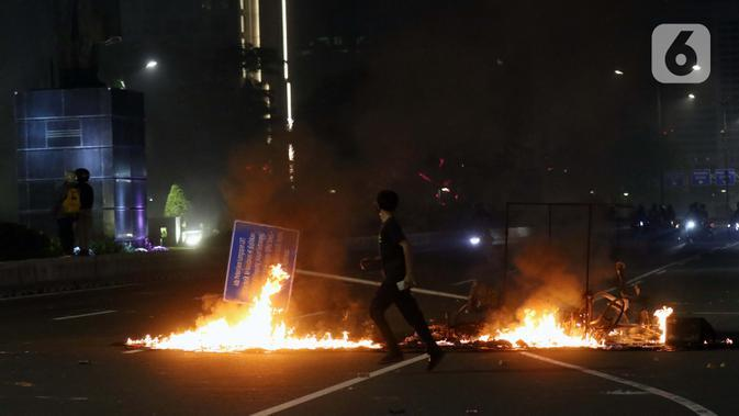 Polri: 71 Polisi Terluka Saat Amankan Demo Omnibus Law