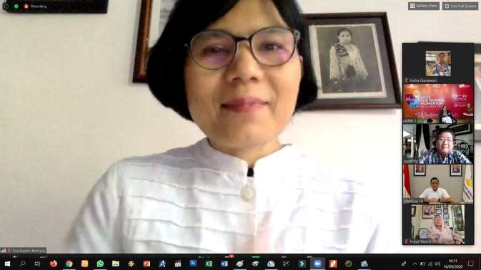 """Acara Penyerahan Piagam Duta Difabel-Preneur Indonesia dalam acara talkshow """"BUMN Ramah Difabel"""" sebagai rangkaian acara Jakarta Marketing Week 2020 yang digelar Markplus Inc. secara daring, Rabu."""