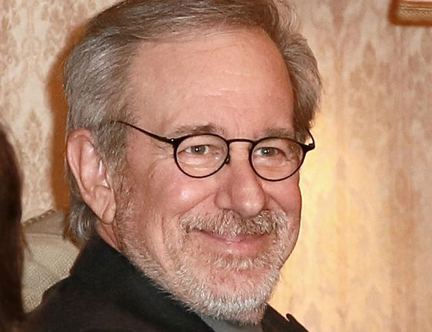 "Steven Spielberg ""wore suit"" to film 'Lincoln'"
