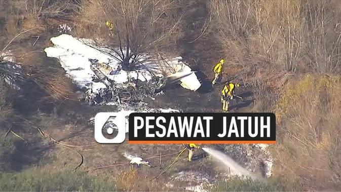 VIDEO: Pesawat Jatuh di California, 4 Tewas