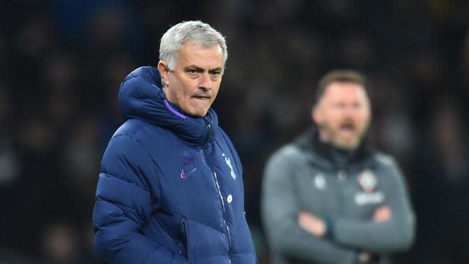 Tottenham Kalah Lagi, Alasan Jose Mourinho Masih Sama