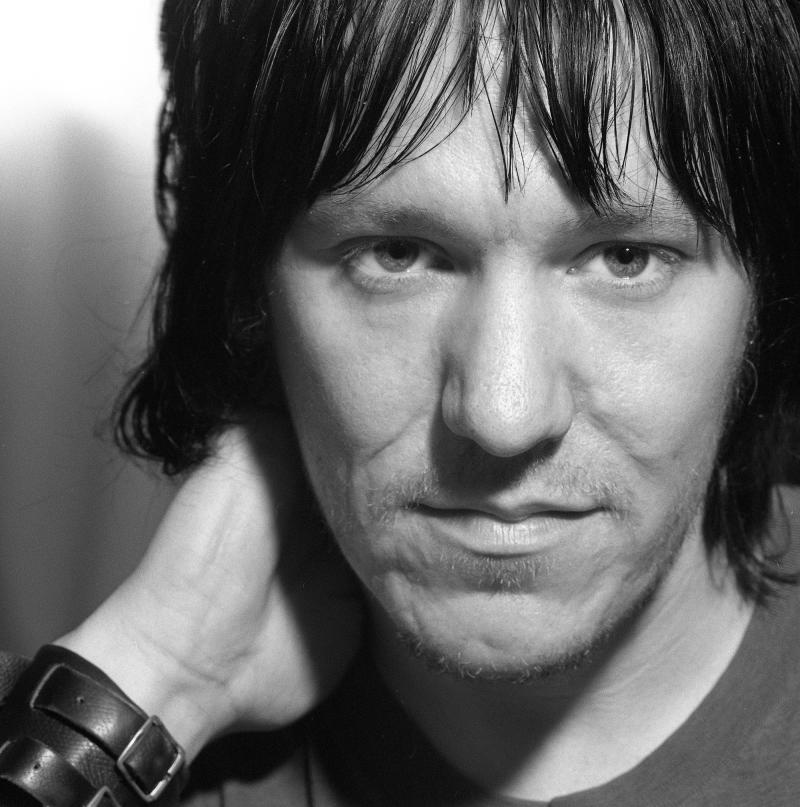 XO: Remembering Elliott Smith, 10 Years Later
