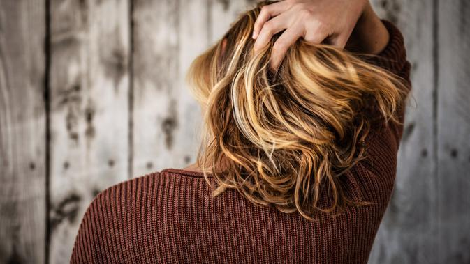 ilustrasi cara mengatasi rambut kusut/unsplash