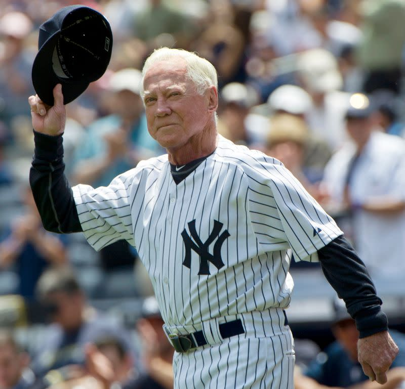 Yankees Hall of Famer Whitey Ford dies at 91