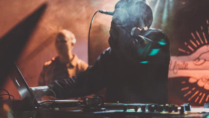 Beatbox (www.kisscc0.com)