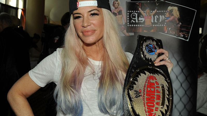 Ashley Massaro in 2017. (Photo by Bobby Bank/Getty Images)