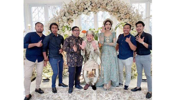 6 Momen Pernikahan Syamsir Alam dan Bunga Jelitha, Beri Maskawin 25 Gram Emas (sumber:Instagram.com/brotheralle)