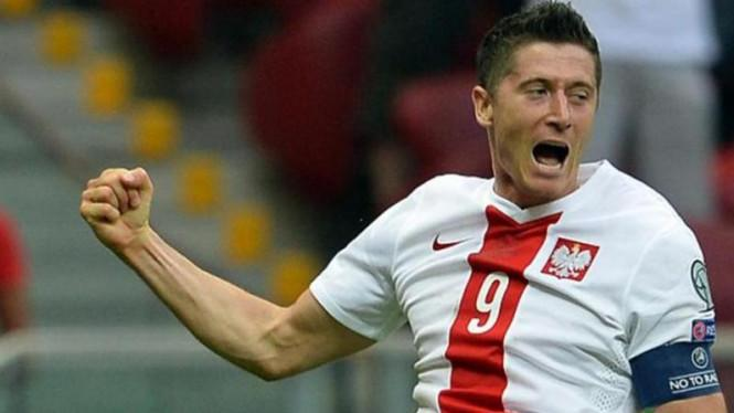 Belanda Tanpa Pelatih, Polandia Minus Lewandowski di Nations League