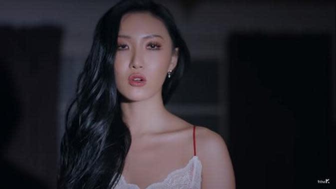 Hwasa MAMAMOO hadirkan sisi gelap di teaser video terbaru, Maria/dok. video klip Maria