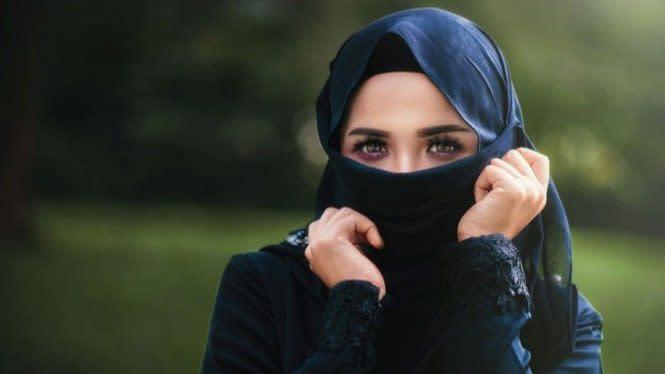 Jatuh Cinta dan Akhirnya Memeluk Islam gara-gara Sains