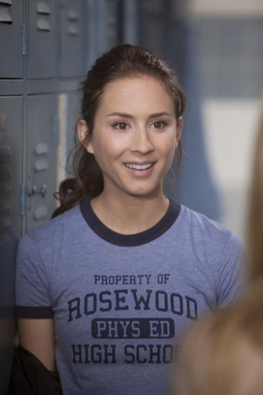 Pretty Little Liars - Troian Bellisario