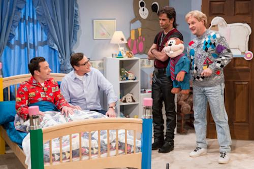 'Full House' Reunion: John Stamos, Dave Coulier and Bob Saget Sing Jimmy Fallon to Sleep (Video & Photos)