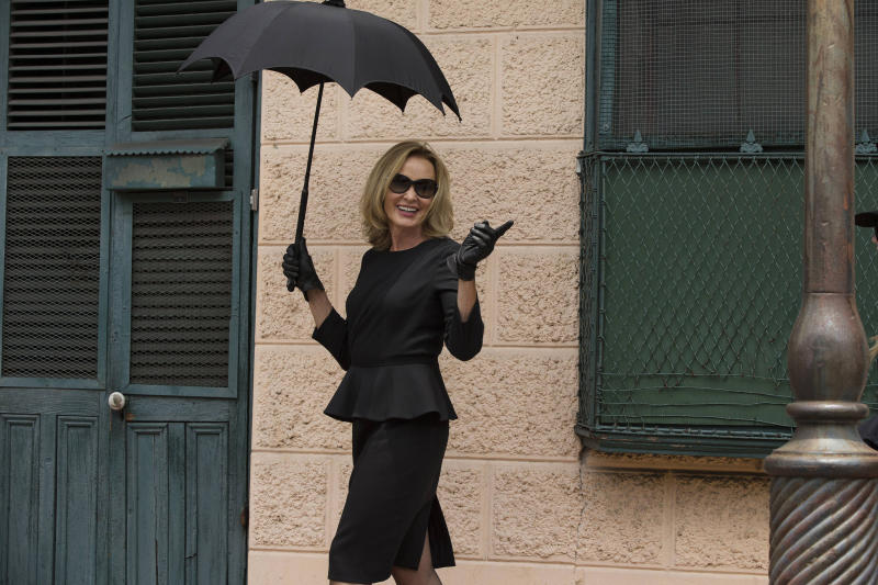 TV Review: 'American Horror Story: Coven'