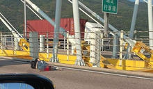 22歲鐵騎士汀九橋遇車禍命危需截肢 親友籲目擊者提供車CAM片