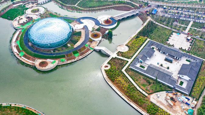 Foto udara memperlihatkan sebuah museum di Wilayah Cixian, Provinsi Hebei, China pada 24 September 2020. Dalam beberapa tahun terakhir, Cixian berupaya menyempurnakan pengelolaan sungai dan restorasi ekologi untuk meningkatkan kualitas sistem perairan di wilayah tersebut. (Xinhua/Wang Xiao)