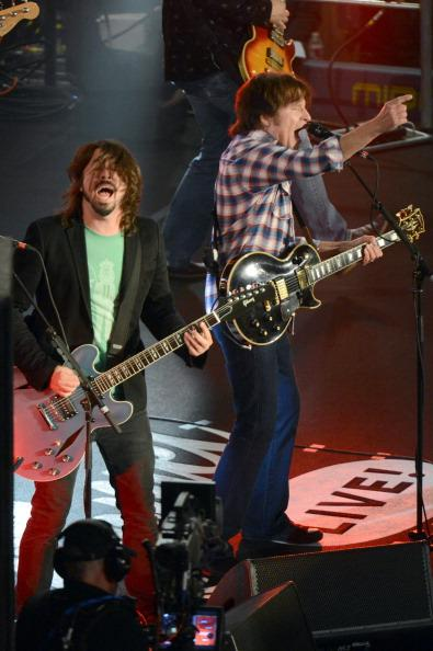 Dave Grohl's Sound City Players Stop Traffic, Rock Hollywood