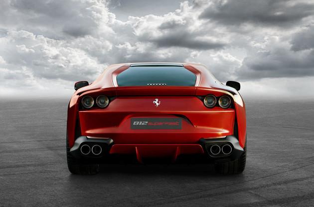 看名字就知道它超級快!Ferrari發表全新車款812 Superfast官方照片