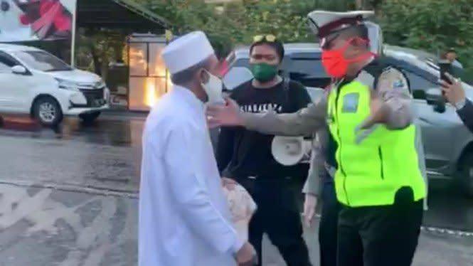 Viral Video Habib Umar Assegaf Berdamai dengan Petugas Sotpol PP