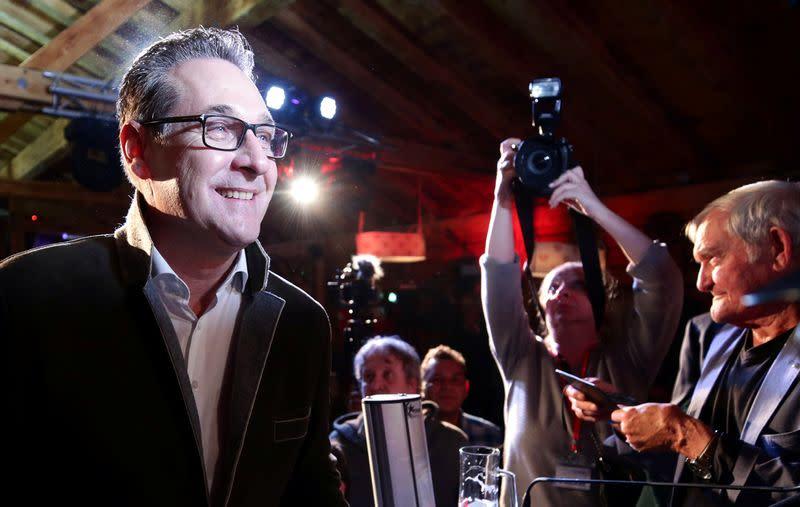 Former Austrian far-right leader Strache runs again with splinter group