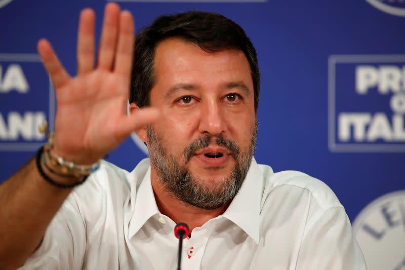 Salvini looks to head off migrant trial, seeks political gain